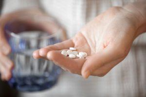 薬服用イメージ画像